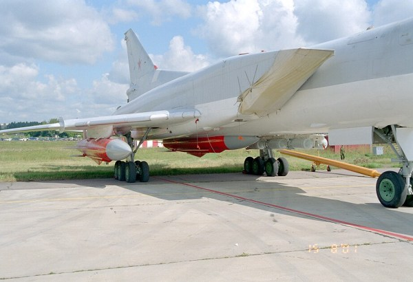 X-22_under_Tu-22M3