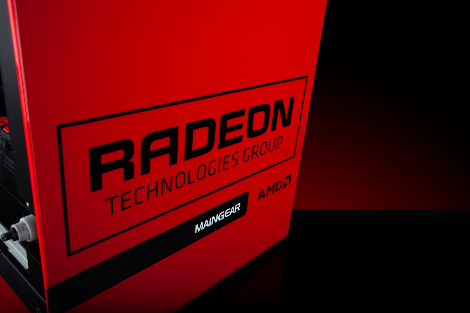 AMD Radeon Pro Duo in MAINGEAR System