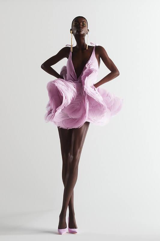 digitalization-fashion-industry-pink-dress
