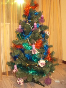 елка с мягкими игрушками