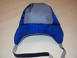 пришиваем боковую часть шапки к основной