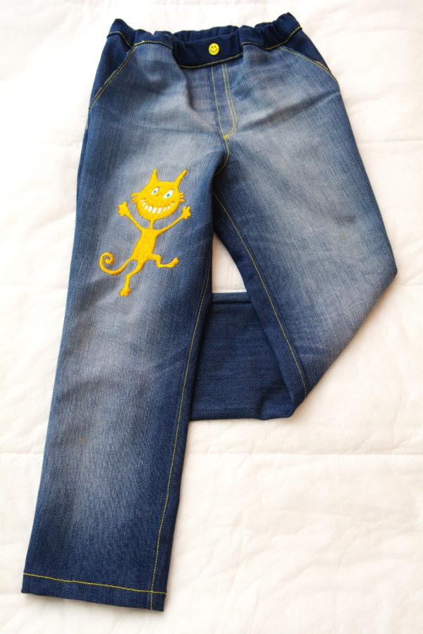 детские джинсы вид спереди