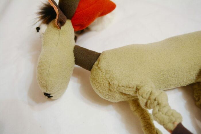 пришиваем шею оленю