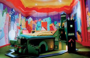 Стиль Китч в интерьере спальной-1