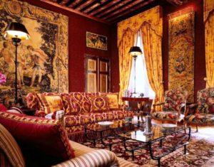 Индийский стиль в интерьере гостиной-2