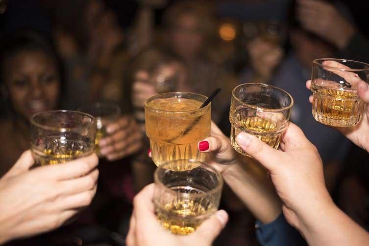 Тревожни показатели, че пиете повече от нормата
