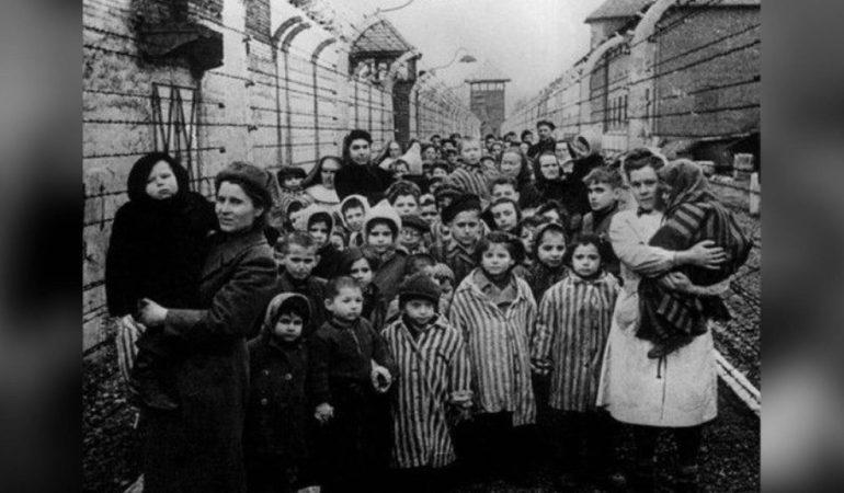 9 ноября - Международный день против фашизма