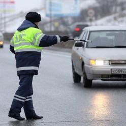 5 признаков, по которым сотрудники ГИБДД останавливают машины