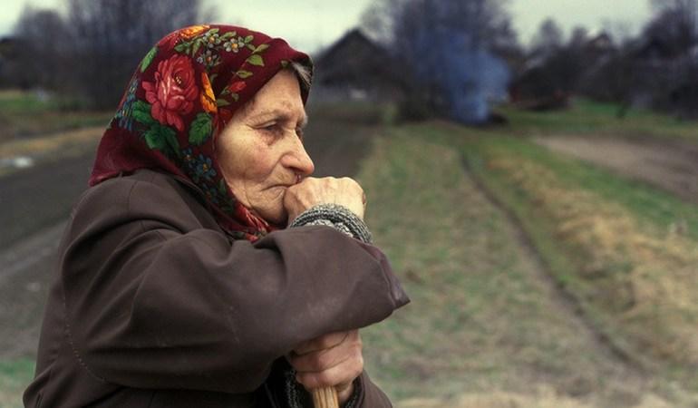 Сколько процентов мужчин и женщин в России доживает до 65 лет