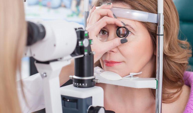 Назван продукт, который спасет от потери зрения