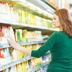 Медики перечислили 10 продуктов, от которых стоит отказаться навсегда