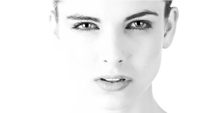 Заговор на красивые глаза: очень быстрый