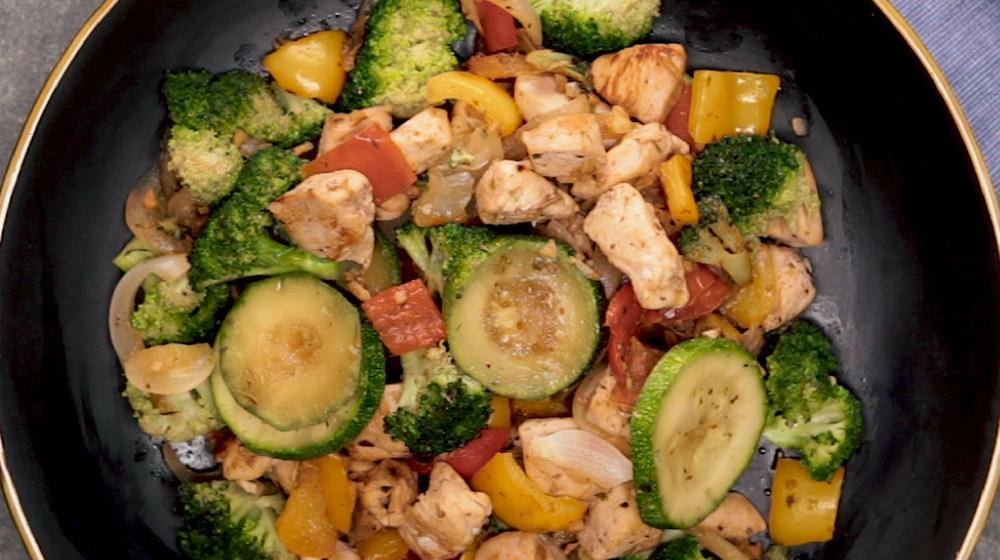 Feature | Quick Chicken And Veggies Stir-Fry | easy stir fry recipe
