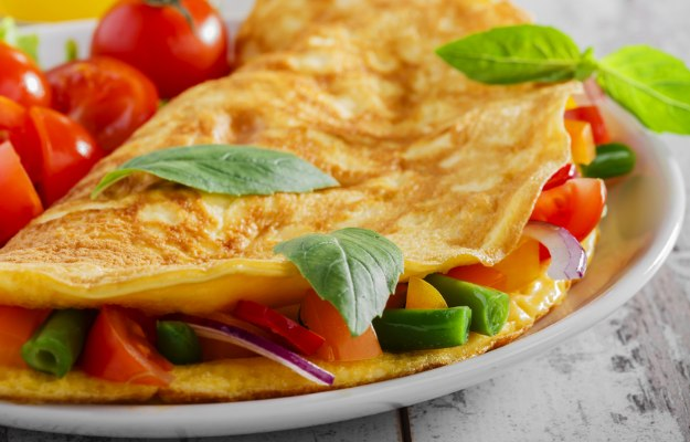 Omelet   What To Eat Before A Workout To Boost Muscle Pumping Energy