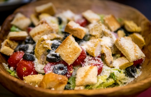 Tomato Panzanella | Easy and Healthy Lunch Ideas To Fuel You Up