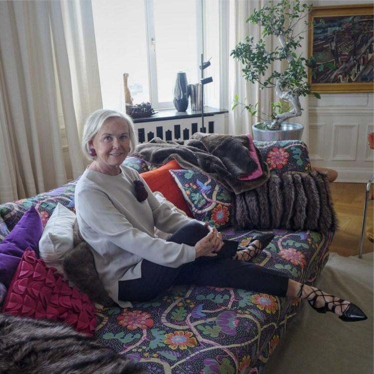 Inger Wästberg in her home. Photo by Vimala Söderqvist.