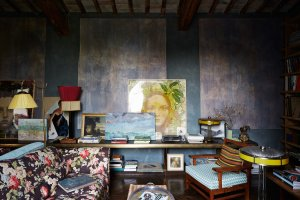 Paintings by friends and the sofa and chair are from Wanda Ferragamo, Diego di San Giuliano's grandmother.