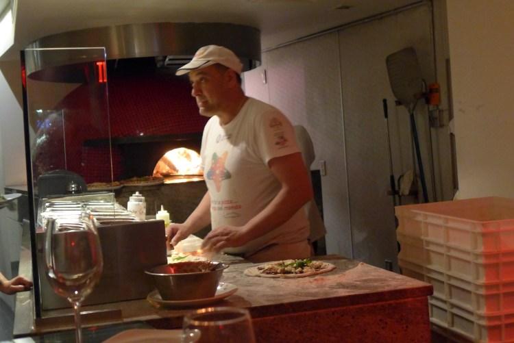 PizzArte, delicious Neapolitan pizzas.