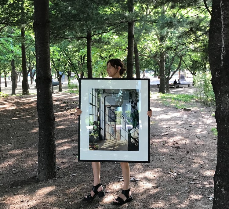 Walking with one of my dearest art works – The door and the Light – outside my gallery Atelier Aki in Seoul, South Korea. Photo: Karin Wiberg.