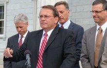 Barre mayor blocks press from real estate presentation