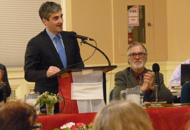 City debates making bids public in Burlington Telecom sale