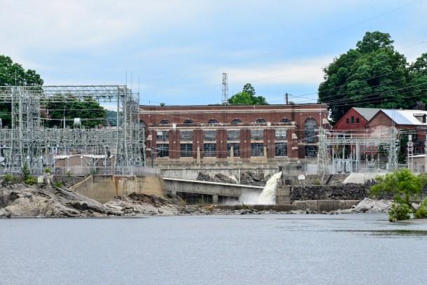 Bellows Falls dam
