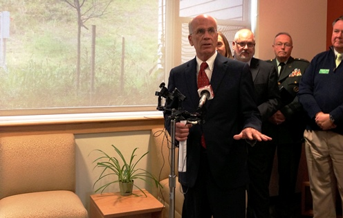 Rep. Peter Welch, D-Vt., joined higher education officials at Community College of Vermont in Montpelier on Monday to announce that he will introduce financial aid legislation. Photo by John Herrick/VTDigger