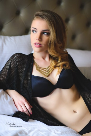 Boudoir photos of model Natalie