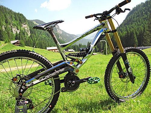 Le tout nouveau Lapierre DH Team 2011