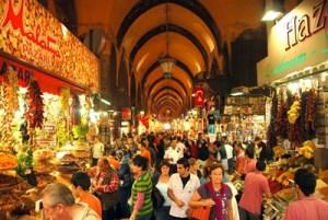 bên trong chợ gia vị Spice Bazaar