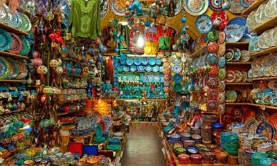 gian hàng nhỏ trong chợ grand bazaar