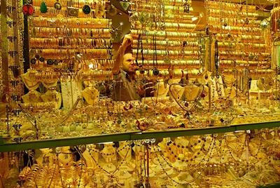 bày bán vàng trong chợ grand bazaar