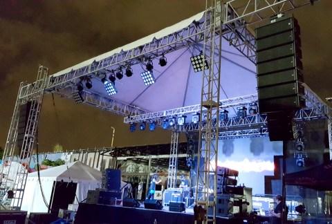 Art-BAsel-Stage-during-setup