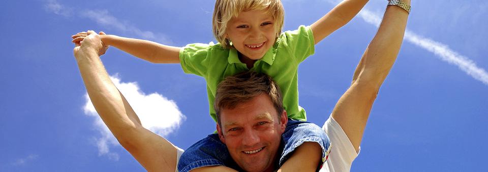 Ebeveyn-çocuk ilişkisinde abi/abla yardımı