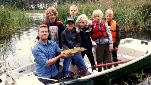 lydeka žvejybos stovykloje