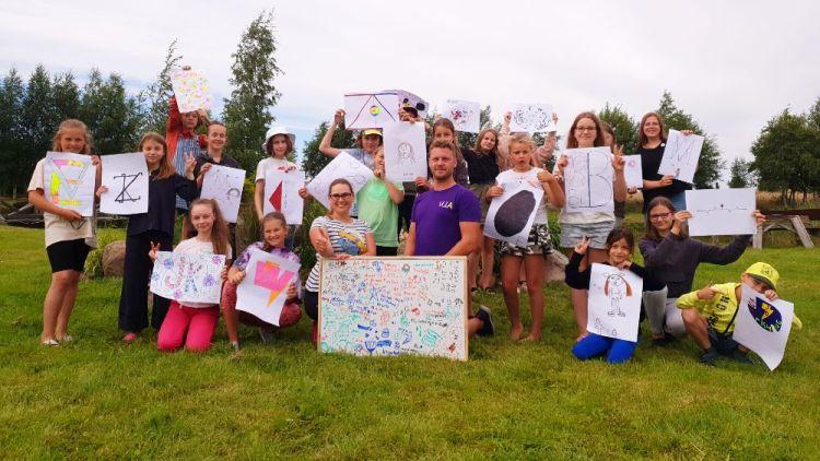 """Kūrybiškumo vaikų stovykla """"Kurk"""". Galerija. Vaikų vasaros stovyklos pajūryje 2021"""