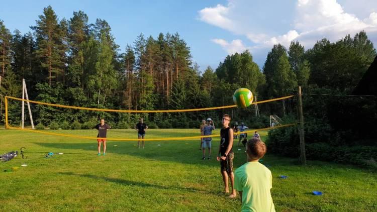 """Vaikų sporto stovykla """"SportUp"""" 2020. Vaikų vasaros stovyklos pajūryje 2021"""