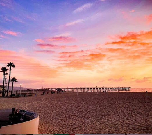 Picture showing sunset at Hermosa Beach