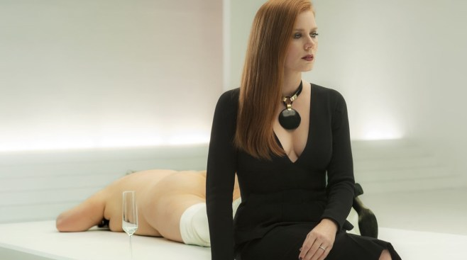 50805_AA_6087 print_v2lmCTRST+SAT3FAcademy Award nominee Amy Adams stars as Susan Morrow in writer/director Tom Ford's romantic thriller NOCTURNAL ANIMALS, a Focus Features release.Credit: Merrick Morton/Focus Features