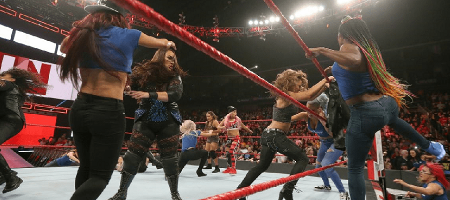 'RAW has been stung here, by SmackDown' – Monday Night RAW – 12/11/2018