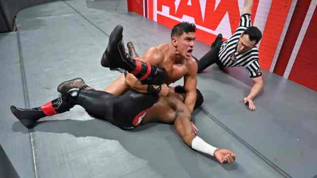 EC3 pins Cedric Alexander for the 24/7 title