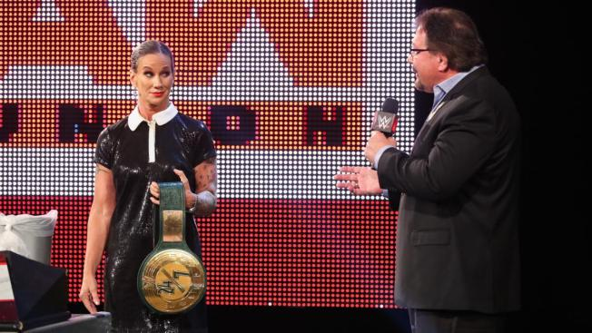 Alundra Balyze sells the 24/7 title to Ted DiBiase