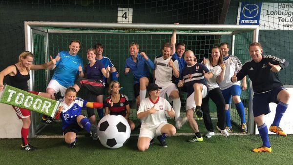 Fußball-Kiddies: Mama und Papa Gruppe