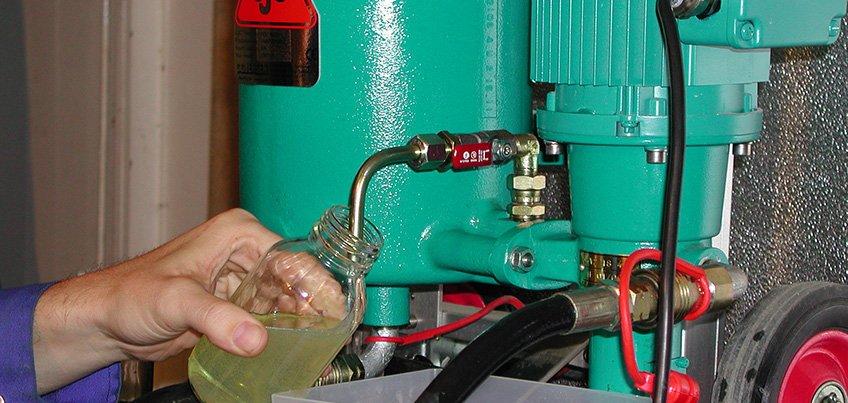 lấy mẫu dầu nhớt bằng van lấy mẫu