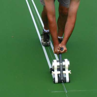 Thi công kẻ vạch sơn sân tennis