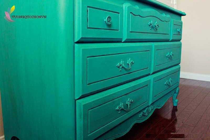 sơn dầu đẹp cho cửa gỗ