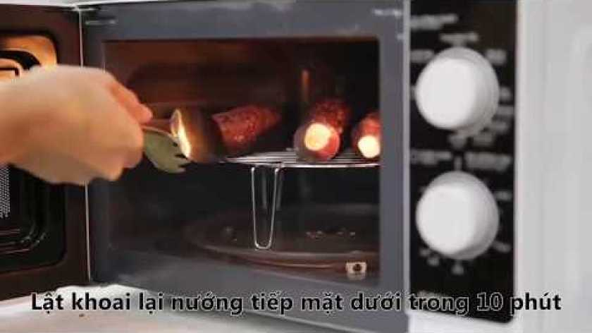 hướng dẫn nướng khoai lang bằng lò nướng - Cách nướng KHOAI LANG bằng lò vi sóng