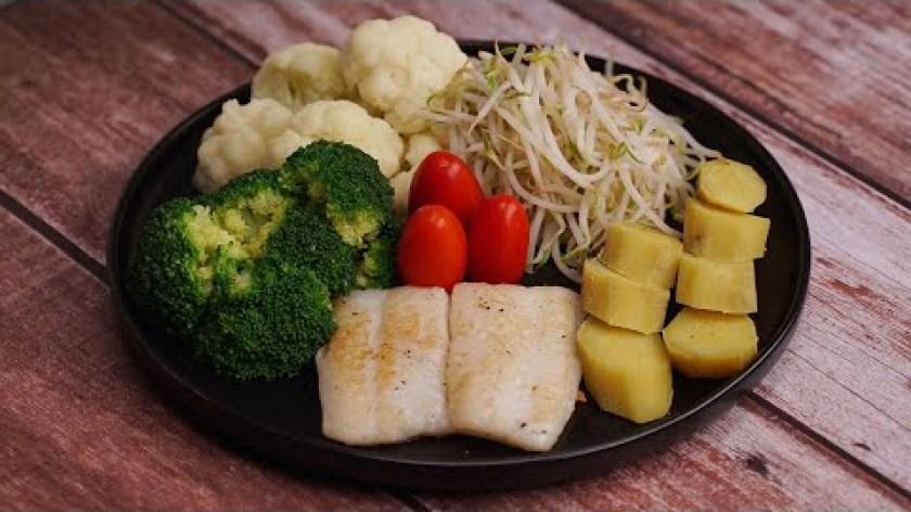 hướng dẫn luộc khoai lang - Thực đơn EAT CLEAN: KHOAI LANG LUỘC - CÁ BASA ÁP CHẢO - RAU CỦ LUỘC cho người giảm cân.