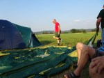 OZ7LM sætter telt op
