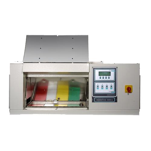 SolarBox de CoFoMeGra pour test de vieillissement accéléré selon la norme ISO 105B02